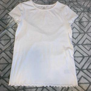 white gap ribbed shirt